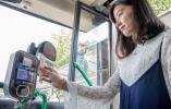 """杭州游客为何愿意下公交APP 探秘""""公交数据大脑"""""""