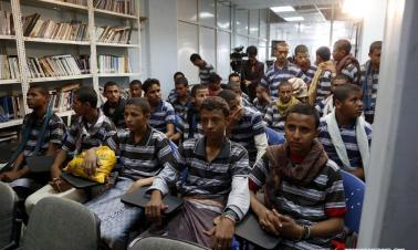 Yemen's Houthi rebels hand 31 child soldiers to ICRC