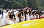 医护人员、抗洪战士……烈士纪念日,各界新婚夫妇报名向雨花英烈献花