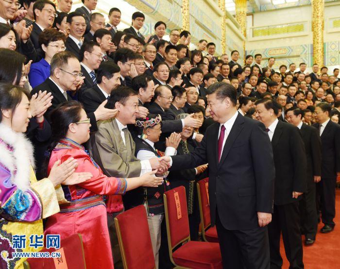 习近平:做党和人民信赖的新闻工作者