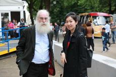 与英国大英博物馆副馆长芬克尔先生