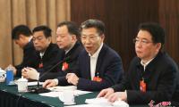 江西代表团举行分组会议