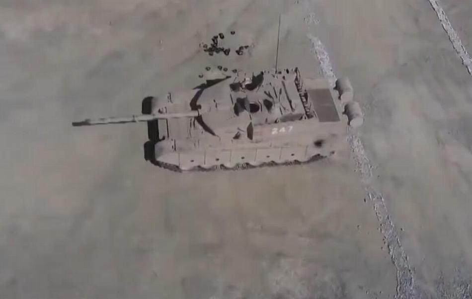 """""""土豪旅""""99A坦克内部曝光 这回没有马赛克"""