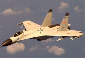 2014年拦截美国海军P-8A巡逻机的中国海军歼-11B战斗机