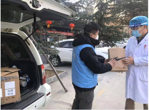 """共克难关齐心战""""疫"""" 鸿星尔克紧急开辟援助物资生产线"""